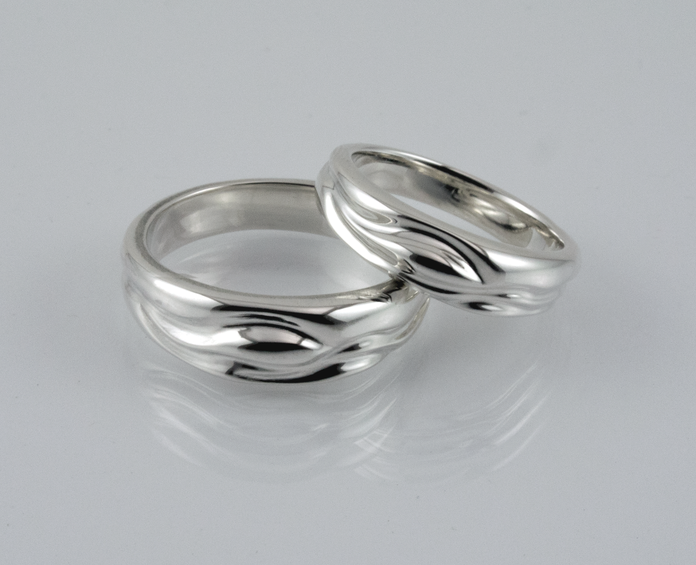 Picture of Summer Stream wedding bands in sterling silver